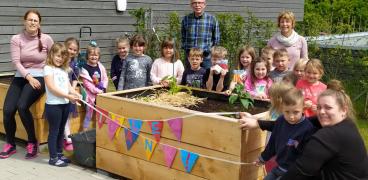 Juni 2020: Hochbeete für die Evangelische Kindertagesstätte Eisingen